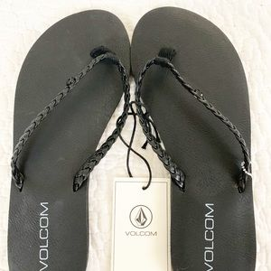 VOLCOM Women's Forever Braided Sandals. Size 6 NWT